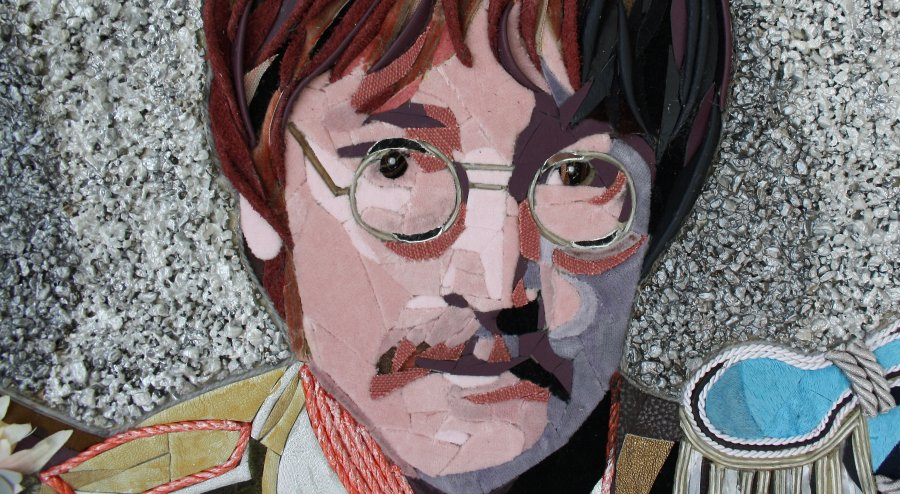 "Detail ""THE BEATLES"" 2."